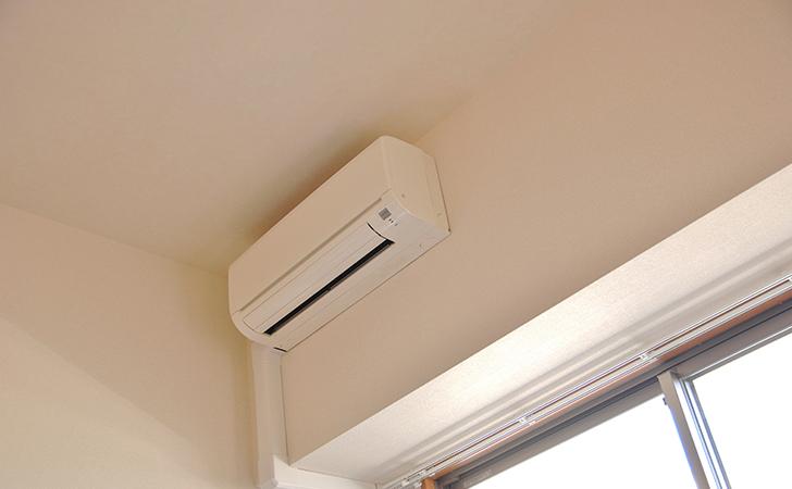 エアコンと窓